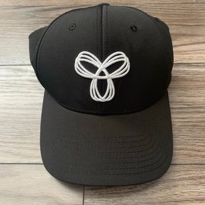 black and white TNA ball cap